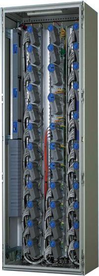 装置中精馏塔,蒸馏塔共计17个
