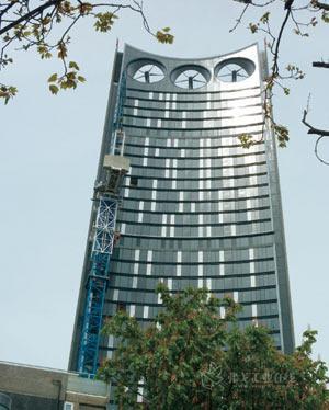 伦敦大象城堡地区附近的strata塔楼共43层