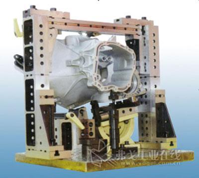 加工变速器壳体使用的组合夹具