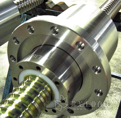 blis重载滚珠丝杠已广泛应用于压力机,大型机床,飞机装配,卡车轿车