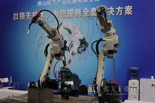 全新融合型焊接机器人GX系列