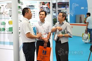 菲尼克斯电气携自动化解决方案精彩亮相2013上海汽车装备展