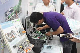 菲尼克斯电气2013年工业器件与电子接口新品发布会