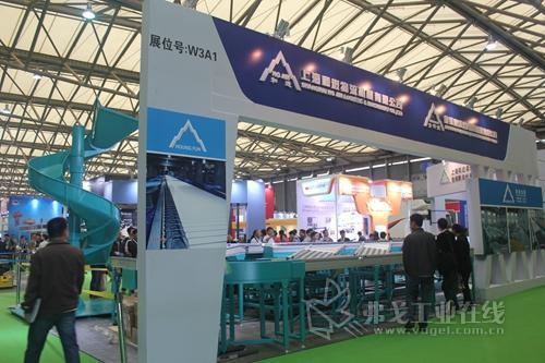 上海和进物流机械盛装亮相2013CeMAT亚洲国际物流展