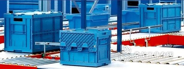 胜斐迩节省空间的堆垛和套入式周转箱