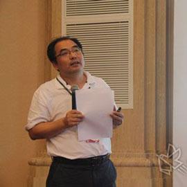 国家食品药品监督管理总局培训中心客座教授 吴军先生