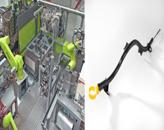 2015恩格尔无拉杆应用技术奖被授予Schneegans:4台多轴机器人被集成在一个非常小的空间上。如果采用一台有拉杆的注塑机,该生产单元可能会相当大(图片来自恩格尔)