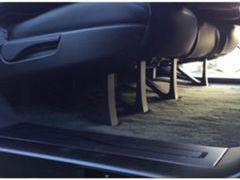 特斯拉最新五座版Model X可平折座椅