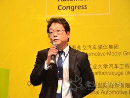贺治宏亮先生发表演讲-新一代转向系统助力ADAS和更高安全性能