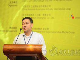 桂超先生发表演讲-车联网的基石