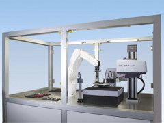 机器人辅助 CNC 测量站