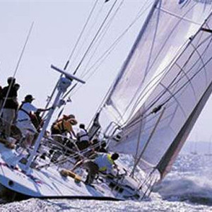 杜邦™ Kevlar® 凯芙拉® 可以打造性能更好的船用复合材料