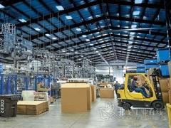 Agri工业塑料公司的高科技吹塑成型