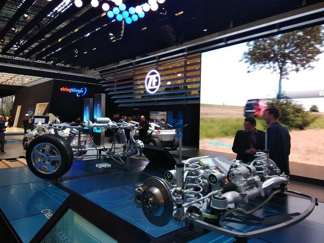IAA2017:采埃孚以全新的统一形象亮相,展现新的改变 AI汽车 第2张