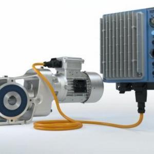 诺德推出新的高度灵活的驱动电子设备和坚固耐用的新规格减速电机