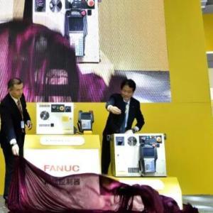 大四喜 | 发那科四款重量级机器人新品齐齐首秀工博会