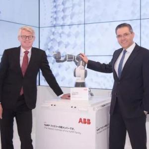ABB YuMi系列新款机器人面世