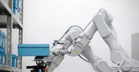 日立HITACHI智能机器人