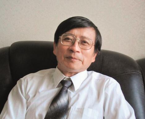 汤继亮,上海医药工业研究院研究员