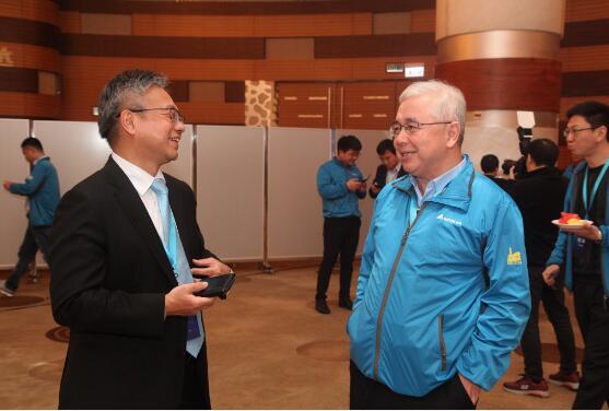会议期间,台达集团-中达电通机电事业部总经理陈敏仁先生与渠道商伙伴交流合作大计