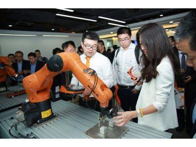 新坐标新未来,KUKA机器人深圳分公司开业