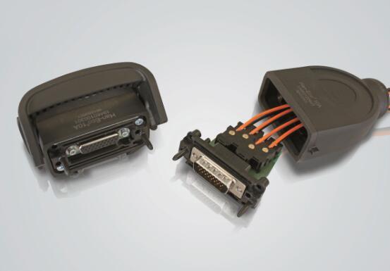"""配合D-Sub和HanEco?10A的使用,""""电气连接 - 光学传输""""已经为自动化做好了准备"""
