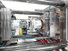克劳斯玛菲在NPE:高效注塑机和智能化的工业4.0解决方案