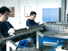 布鲁克纳技术服务公司将展示为拉伸薄膜生产线提供的多样化服务