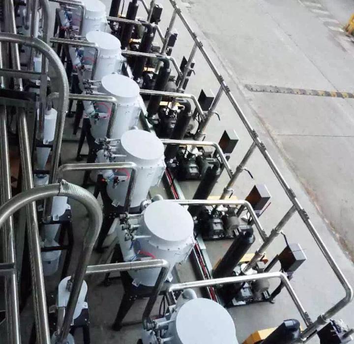 为重庆某汽车内饰系统有限公司订制的中央供料系统