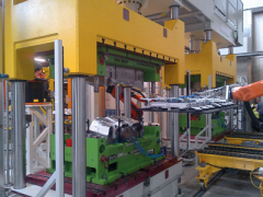 自动化生产铝质隔热板的解决方案