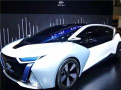 长江汽车9款电动汽车亮相2018北京车展