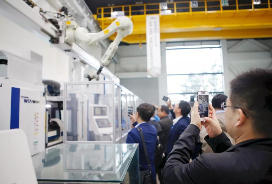 现代威亚智能工厂和自动化系统