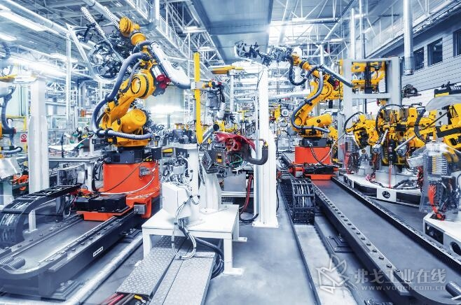 数字化和新技术在机器中至关重要,只有这样远程服务的新业务模式才能实现