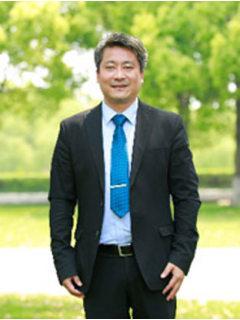 刘雪松先生  山东新华医疗器械股份有限公司首席科学家