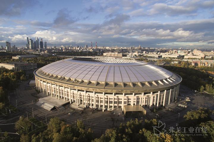 莫斯科卢日尼基奥林匹克体育场在修缮改造工程中,采用了科思创的聚碳酸酯多层板材,用于重新建造体育场大型顶棚