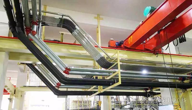 信易在选用弯管时,特别考虑了高耐磨性的材质与工艺,防止玻纤材料对弯管的磨损