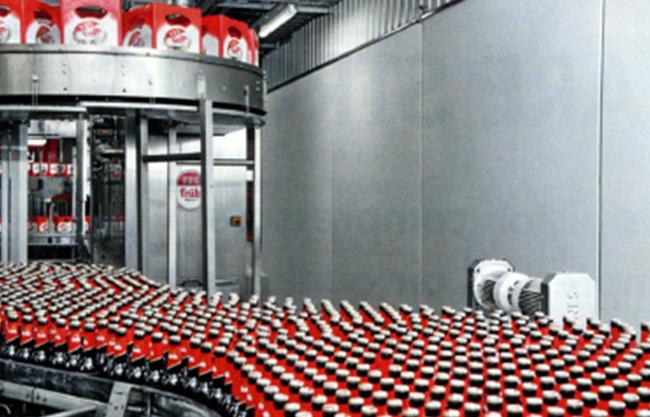 约3650万L的Fruh Kolsch啤酒在欧洲最现代化的装瓶装置之一进行装瓶并装入包装箱