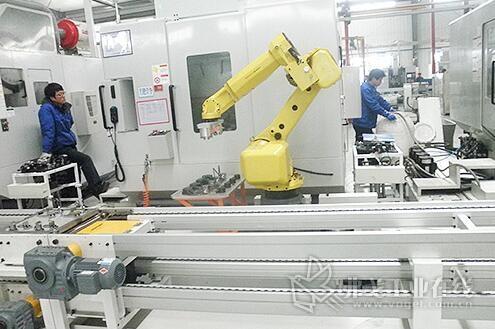 奇步自动化:连杆加工自动化生产线