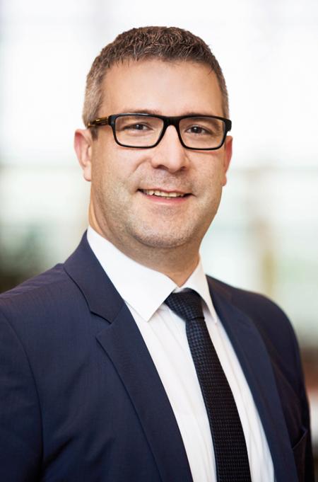 R-Pharm 的生产经理 Andreas Hänel先生