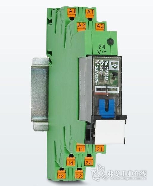 带手动锁定操作的电磁式继电器