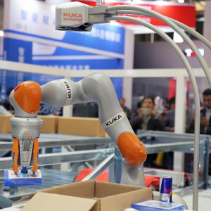 瑞仕格:AutoPiQ机器人拆零拣选系统