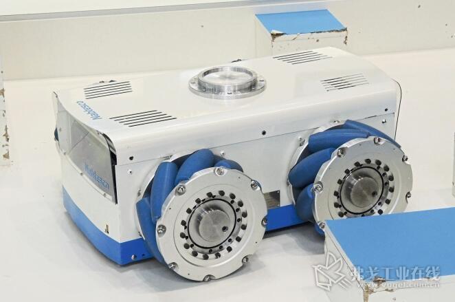 图4 麦克纳姆轮让无人驾驶的运输系统(FTS)获得了前所未有的移动性