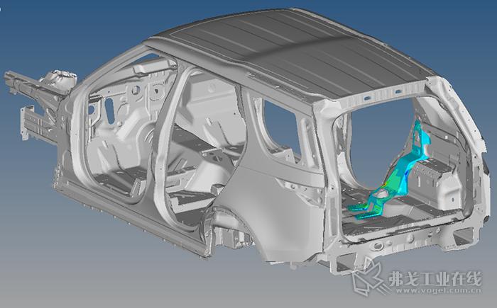 Engenuity通过精准的复合材料C柱加强板设计,将车身扭转刚度提高了7.5%