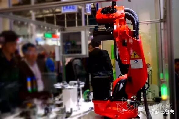 机器人应用场合的展示柜