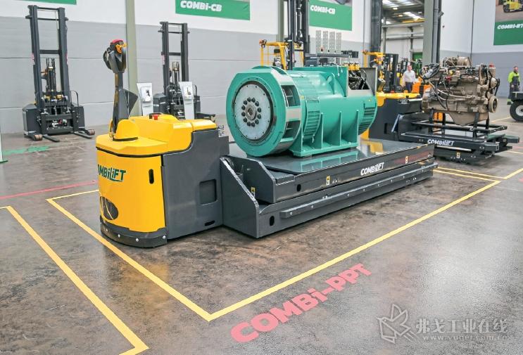 Combi-HC-PPT型托板叉车的载重量为3~6t,可以根据用户的要求专门定制最大载重量7~16t的托板叉车
