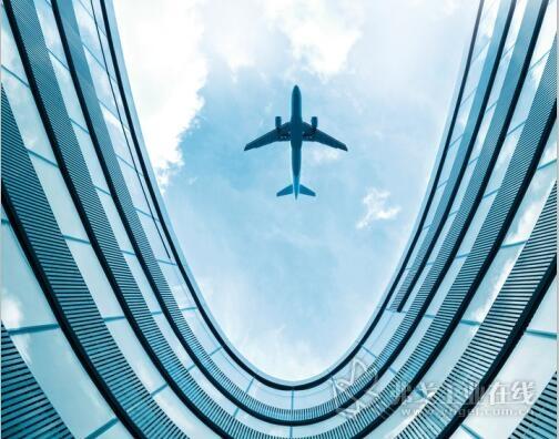 世界知名飞机制造企业信任Electroimpact公司研发的装有Galaxie传动装置的高性能机器