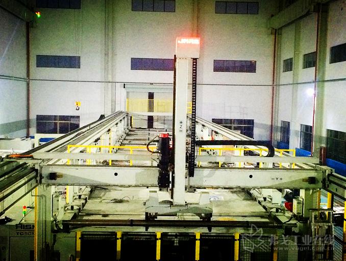 重型龙门桁架机器人
