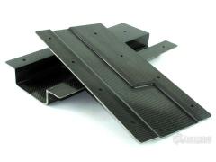 基于碳纤维与亚麻纤维混合物的一种复合材料工装系统
