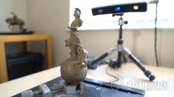 用逆向工程重建象征着国王座驾的不列颠女神吉祥物