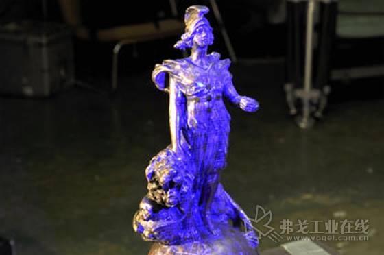 3D扫描方便Impossible Creations公司创建原始雕像的精确副本